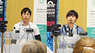 Tokyo Tech reaches semi-finals at World Universities Debating Championships