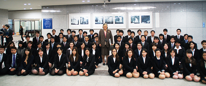 Her Royal Highness with Thai Students' Association
