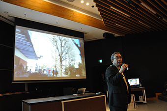 President Mishima at the preview of Tokyo Tech Lecture Theatre