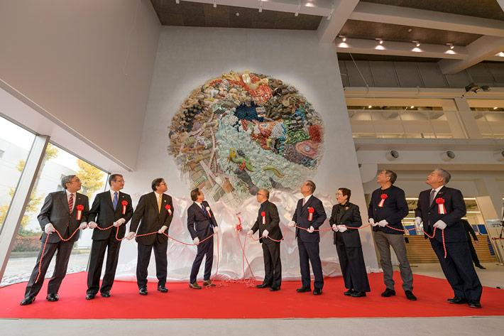 Participants unveil ELEMENTS OF FUTURE, Taki Plaza's artistic centerpiece created by Katsuhiro Otomo