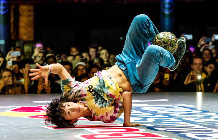 Takahashi defying gravity at Red Bull Street Style 2016