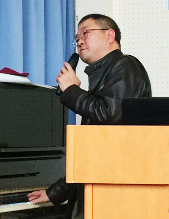 "Yamazaki demonstrating the diminished fifth tritone, or the ""Devil in music (diabolus in musica)"", which was used by Wagner to represent the character of Hagen"