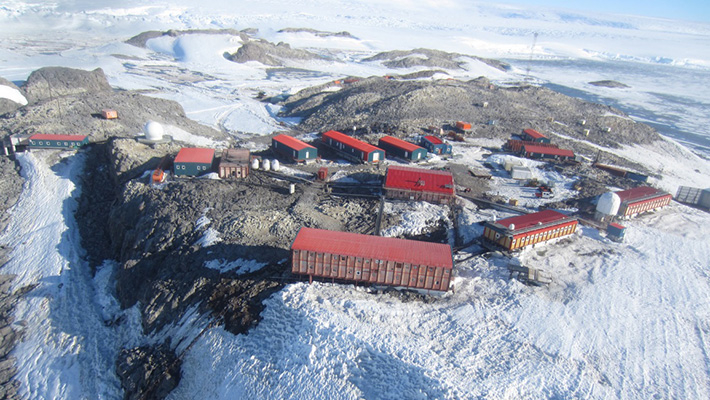 Dumont d'Urville Station in Antarctica PHOTOGRAPH BY Sakiko Ishino in 2017 (supported by the French Polar Institute (Institut Polaire Francais Paul Emile Victor - IPEV))