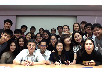 TAIST classmates. Shuhei Teguri, 1st-year master's student, Life Science and Technology (back row, second from left)