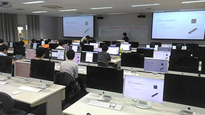 Tokyo Tech students hold microcomputer workshop