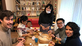 Home visits and language exchanges connect Winter Program participants  and Tokyo Tech peers