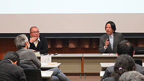Students, faculty, public discuss immigration and religion