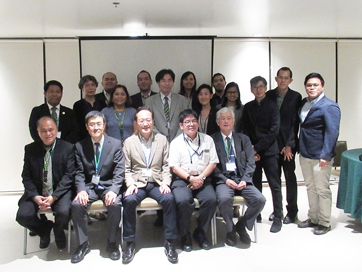 Tokyo Tech delegates with ATTARS members