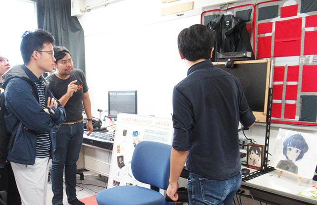 TAIST students visit Hasegawa Lab at the Institute of Innovative Research