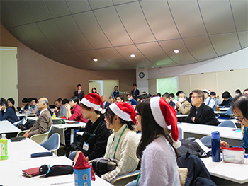 Audience focused during presentations