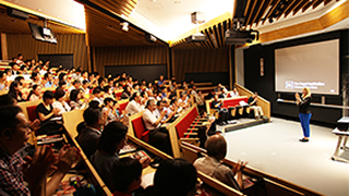 Making Contact - Royal Institution Christmas Lecture held at Tokyo Tech