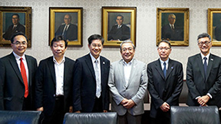 Singapore higher education delegation visits Tokyo Tech