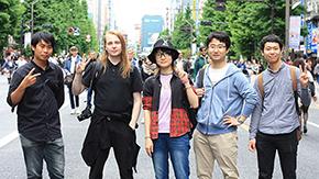 日本人学生と留学生の交流イベント「アキハバラツアー + カラオケ」開催