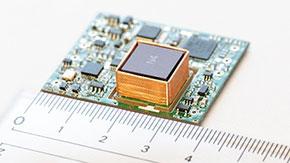 超省エネ・小型の原子時計の開発に成功